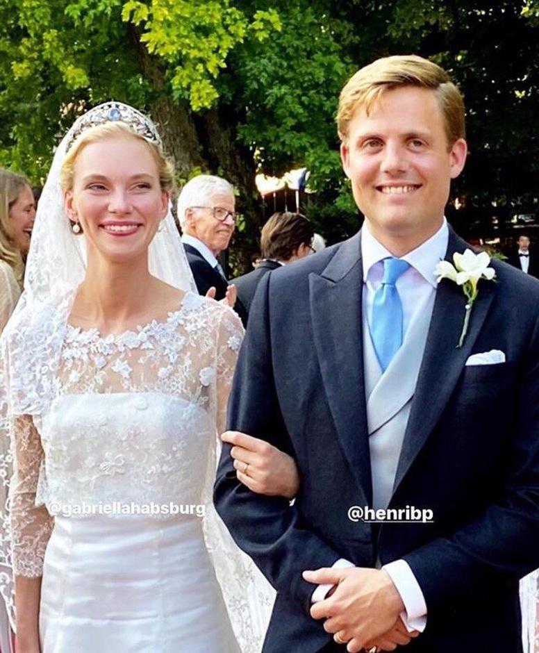 Свадьба Его Королевского Высочества принца Анри Леопольда Антуана Виктора Мари Жозефа Бурбон-Пармского