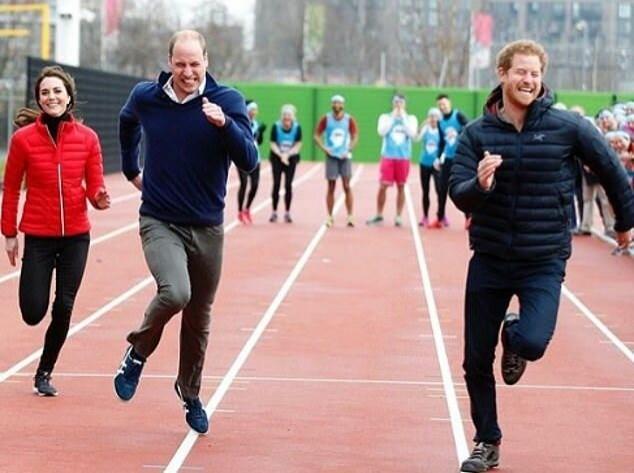 Принц Уильям и Кейт Миддлтон поздравили принца Гарри его любимой фотографией