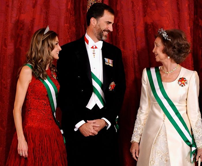 Королевские драгоценности: испанская цветочная тиара