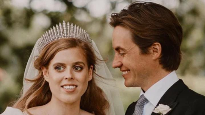 Муж принцессы Беатрис нанял на работу свою бывшую жену