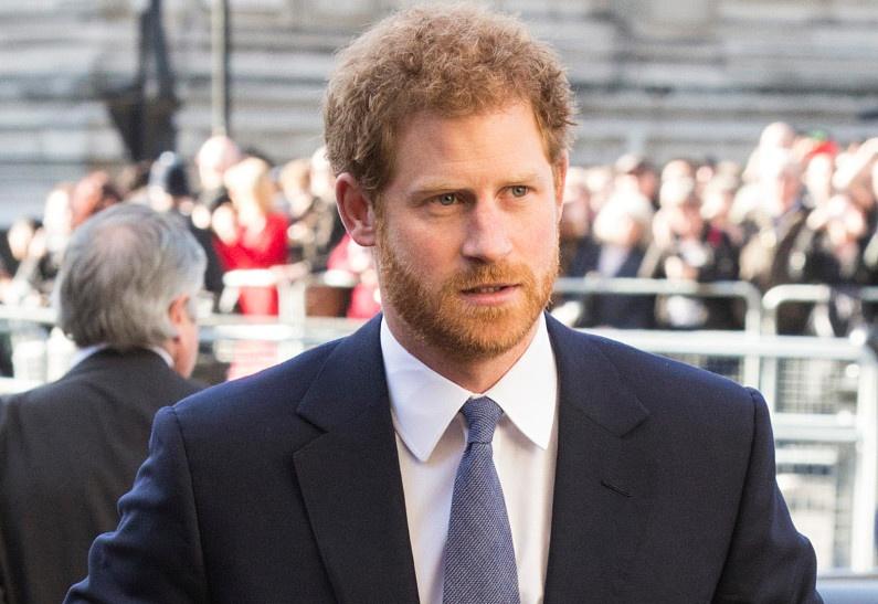 Принц Гарри обратился к британцам с вдохновляющей речью. Новое видео!
