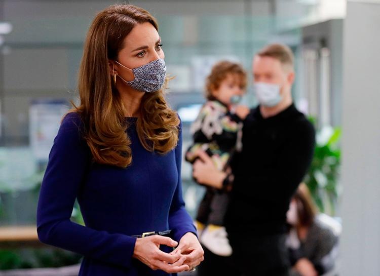 Кейт Миддлтон нанесла неожиданный визит семьям, пережившим выкидыш