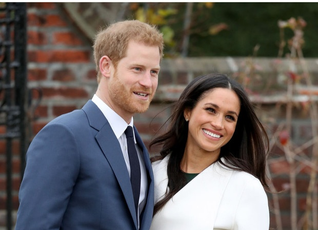 «Просто Гарри и Меган»: чем новый официальный портрет Сассекских отличается от королевских фото
