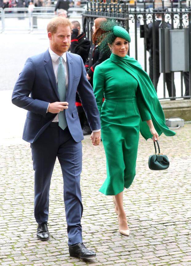 У принца Гарри и Меган Маркл появился свой сайт. И они теперь обещают писать письма каждому