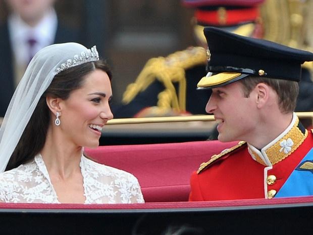 Пир будущего короля: чем угощали гостей на свадьбе Уильяма и Кейт