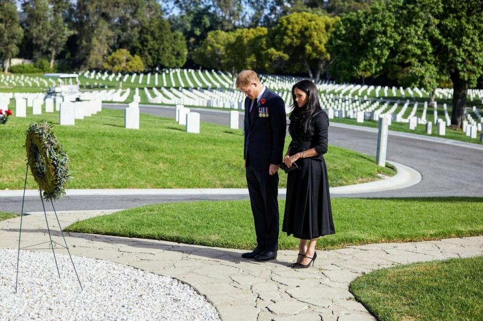 Меган и Гарри устроили свой День памяти в Лос-Анджелесе и взяли с собой фотографа
