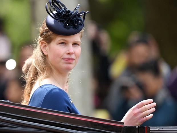 Любимая внучка Ее Величества: 5 любопытных фактов о леди Луизе Виндзор