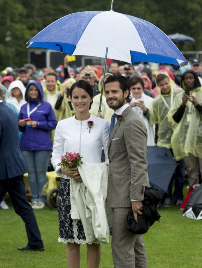 Принц Карл Филипп и принцесса София заболели коронавирусом