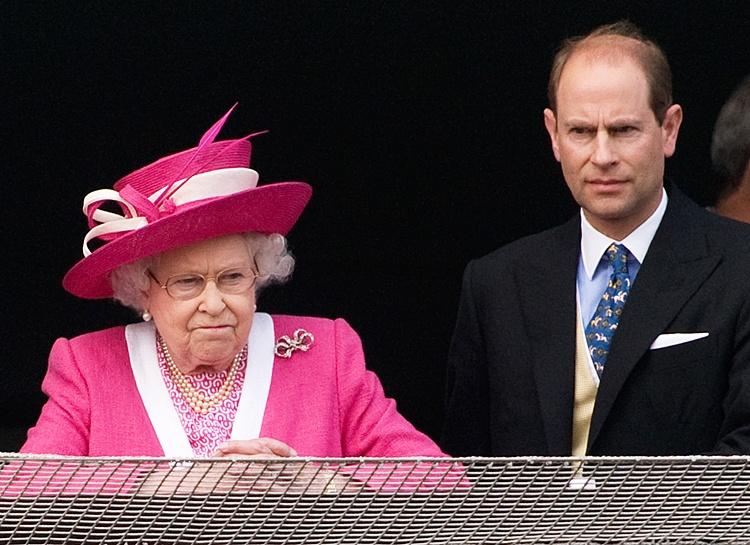 Младшего сына Елизаветы II принца Эдварда уличили в романе со звездой реалити-шоу