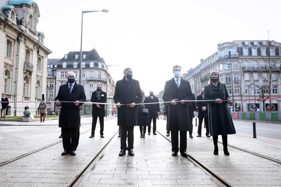 Великий герцог Люксембурга Анри открыл новую ветку трамвайной линии в центре города Люксембург