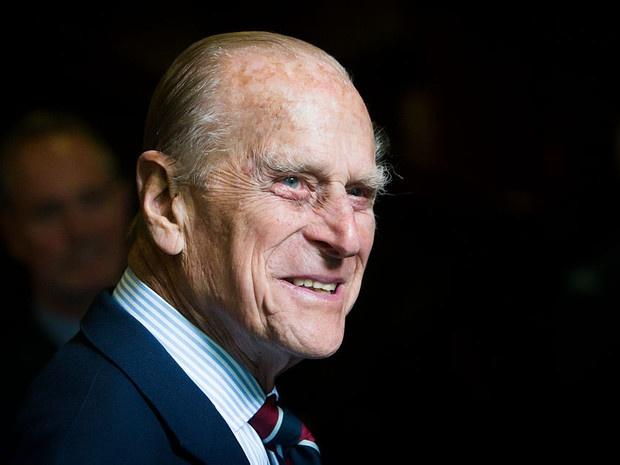 Редкий момент: принц Филипп сделал новое официальное заявление