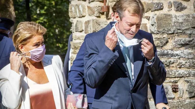 Скандальный отдых великого герцога Люксембурга Анри в Биаррице: премьер-министр Люксембурга поддерживает главу государства