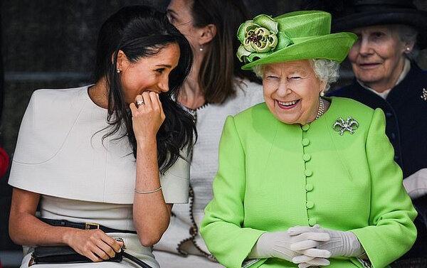 Королева Елизавета отказала Гарри и Меган в переезде в Виндзорский замок