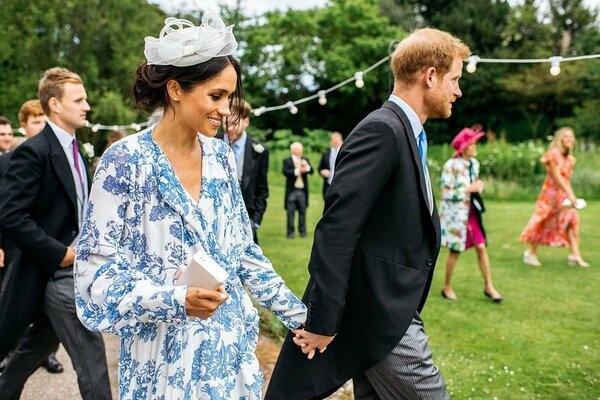 Принц Гарри и Меган Маркл предпочли бы жить в Виндзорском замке, а не в подаренном Фрогмор-коттедже