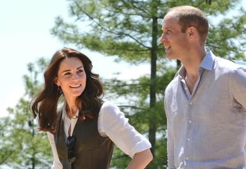 Принц Уильям и Кейт Миддлтон приехали на ланч к королеве в Балморал (фото)