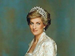 Меган Маркл повесила портрет принцессы Дианы в комнатке сына Арчи