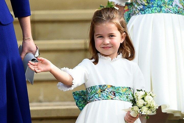 Правнуки английской королевы идут в школу за 20 тысяч фунтов в год