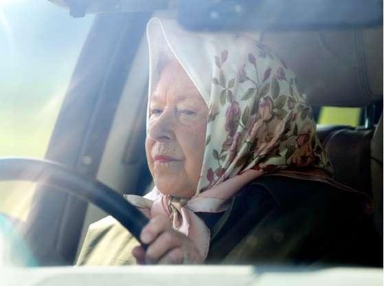 Что будет, если Королева нарушит закон