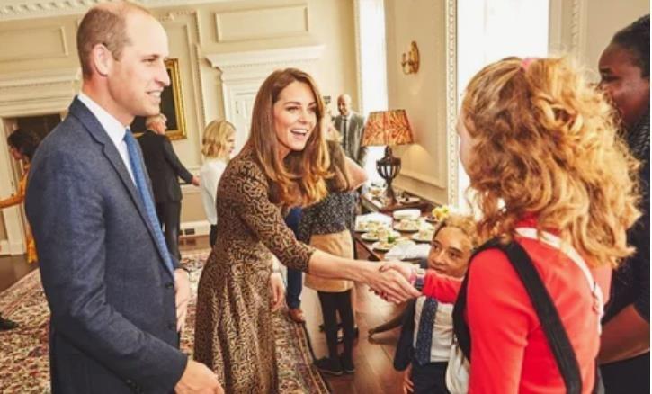 Кейт Миддлтон и принц Уильям провели закрытый прием для подростков в Кенсингтонском дворце