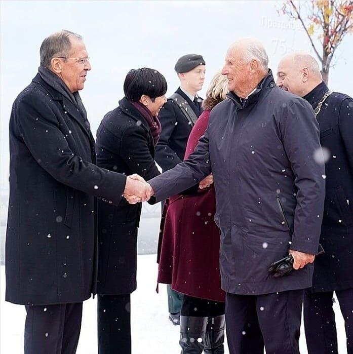 Король Харальд V встретился с Сергеем Лавровым