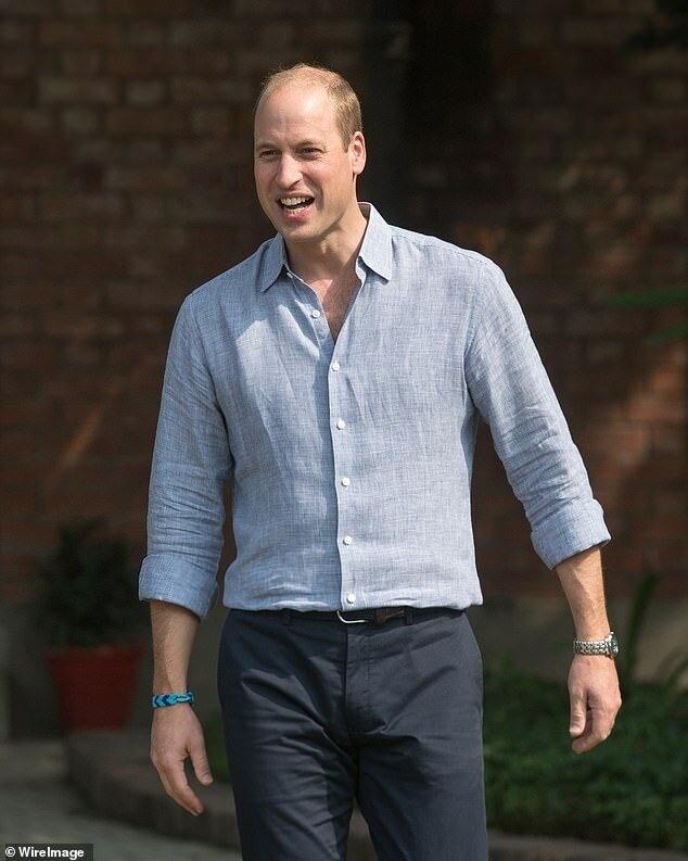 Принц Уильям один отправится в королевский тур