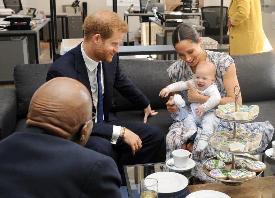 Меган Маркл и принц Гарри переводят Арчи Харрисона на твердую пищу