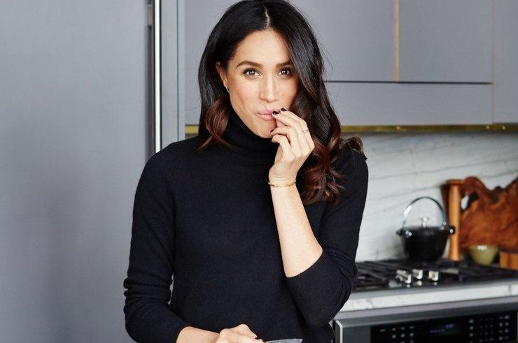 «Она хорошо готовит»: Меган Маркл ради мужа стала к плите в День благодарения