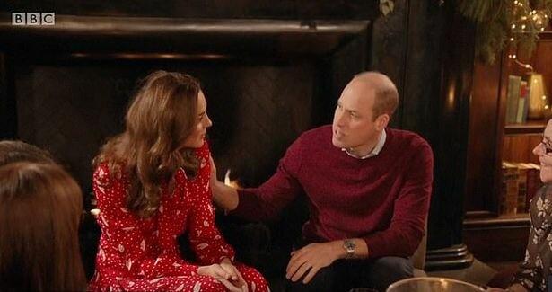 Неловкий момент по-королевски: Кейт Миддлтон скинула с плеча руку принца Уильяма