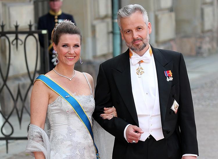 Принцесса Норвегии Марта-Луиза прервала молчание и прокомментировала самоубийство бывшего мужа