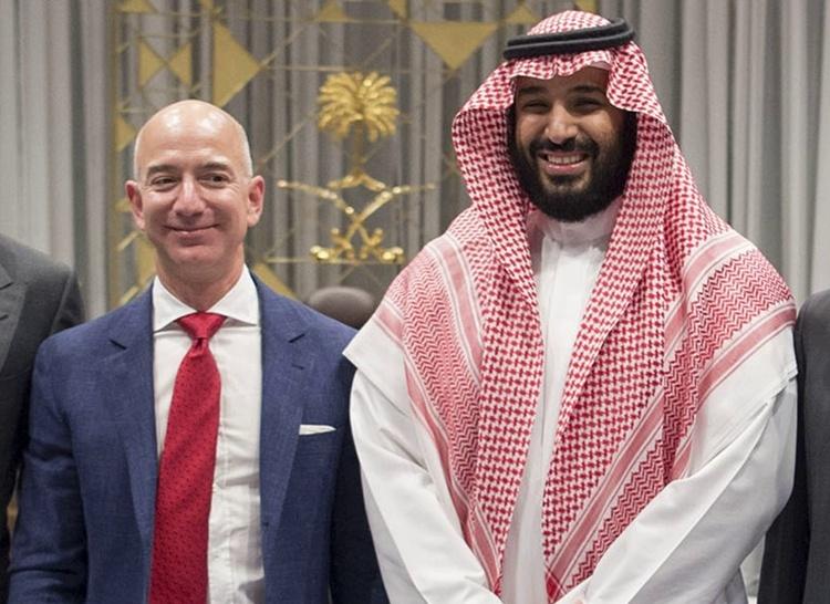 Принца Саудовской Аравии обвинили во взломе смартфона и краже личных данных Джеффа Безоса: что известно