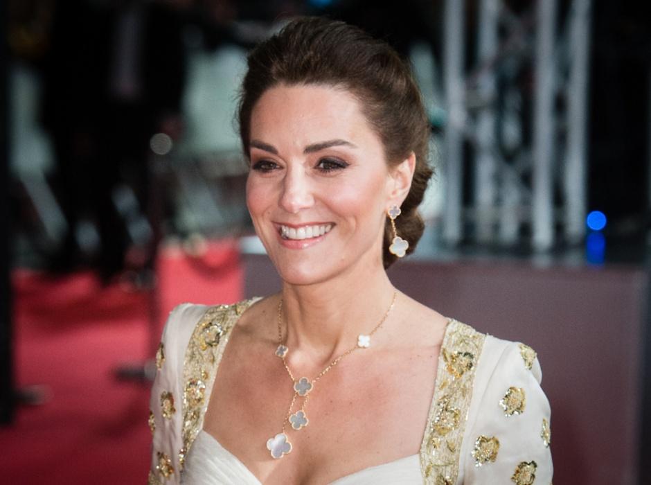 Королевское вдохновение: Кейт и ее модный реверанс Камилле