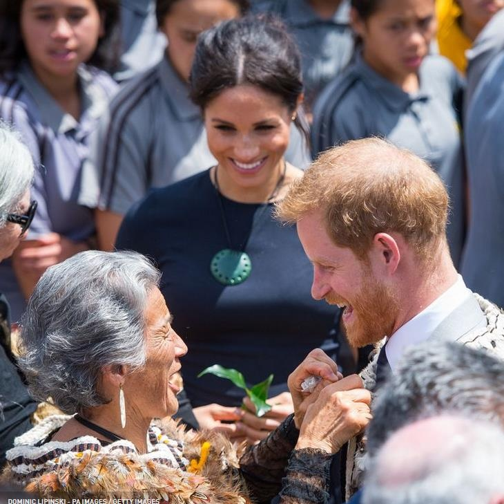 Королева Елизавета, Меган Маркл, Принц Гарри и другие члены королевской семьи празднуют новозеландский день Вайтанги