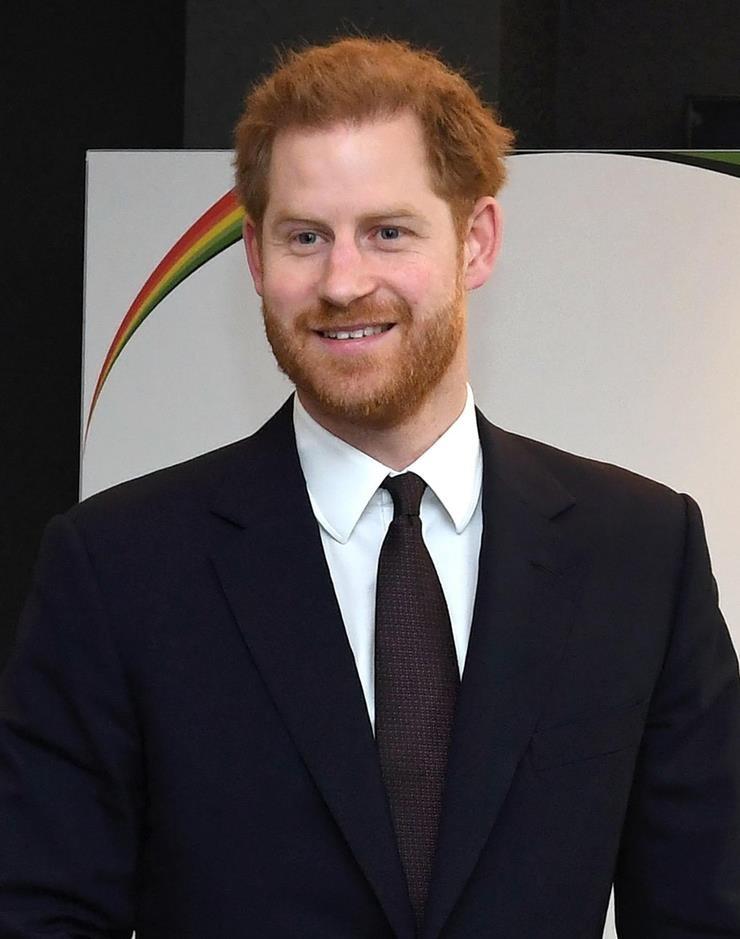 «Зовите меня просто Гарри»: приехавший в Эдинбург принц просит обращаться к нему по имени