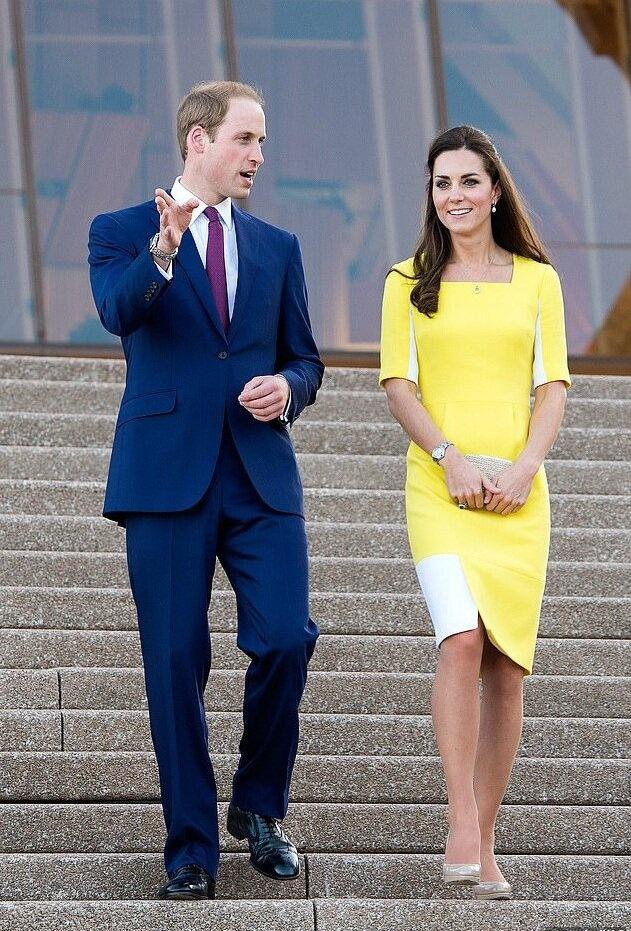 Во время видеообращения к австралийцам герцогиня Кейт появилась в платье, в котором впервые посещала эту страну